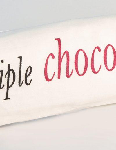 1kg triple chocolate log